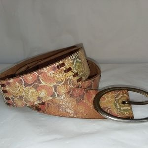Leather belt by Fossil sz L